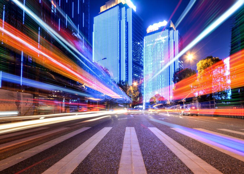 Conduite de nuit Youpiii youpiii.fr circulation dangers trafic morts blessés hospitalisés manque visibilité contrastes champ visuel relief risque phares véhicules